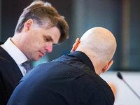 Verteidiger fordert maximal 15 Jahre Haft f�r Reker-Attent�ter