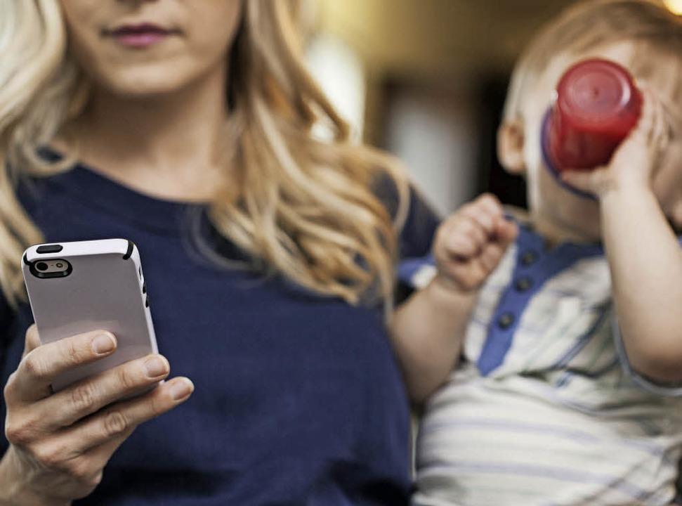 In Sachen Baby-Apps empfehlen Experten... sinnvoll und auch fürs Baby gut ist.   | Foto: Westend61 (Sean Locke)