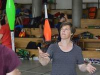 Jonglierfestival: Profis geben Tipps f�r Wiedereinsteiger