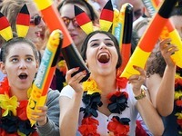 Beim Public Viewing in Freiburg bleiben viele Pl�tze frei
