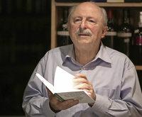 """Aus seinem neuen Buch """"Vom Wuchern der Worte im Wein"""" liest der alemannische Autor Stefan Pflaum"""