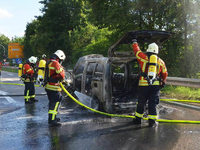 Fahrzeugbrand blockiert Autobahnausfahrt