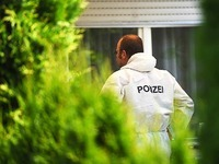 Familientrag�die: Drei Tote in Doppelhaush�lfte