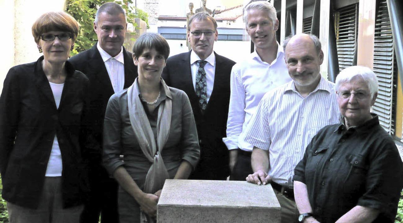 Akteure der Bürgerstiftung (von links)...hring, Inge Gula (beide Museumsfonds)   | Foto: Willi Adam