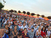 Fotos: Public Viewing des Halbfinales in Eimeldingen