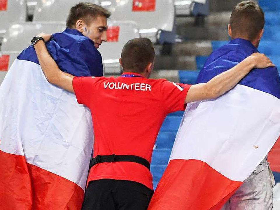Frankreich nimmt Abschied – von ...nd dem anvisierten Titel im Besonderen  | Foto: dpa