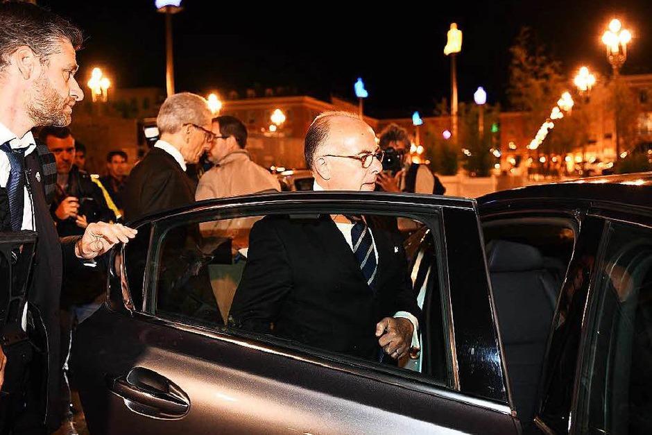 Der französische Innenminister Bernard Cazeneuve in Nizza (Foto: AFP)