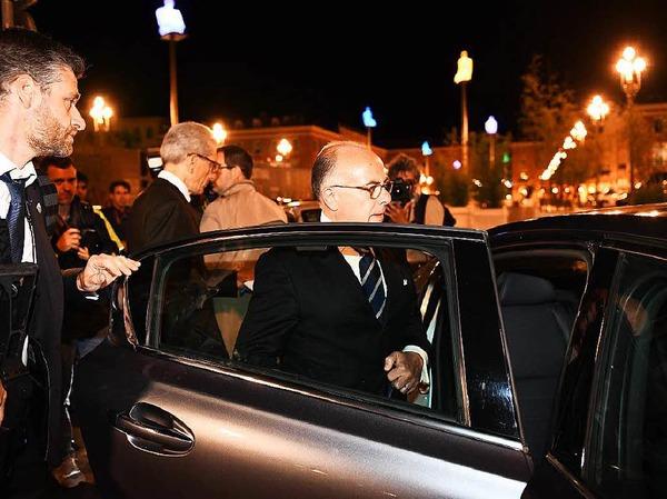 Der französische Innenminister Bernard Cazeneuve in Nizza