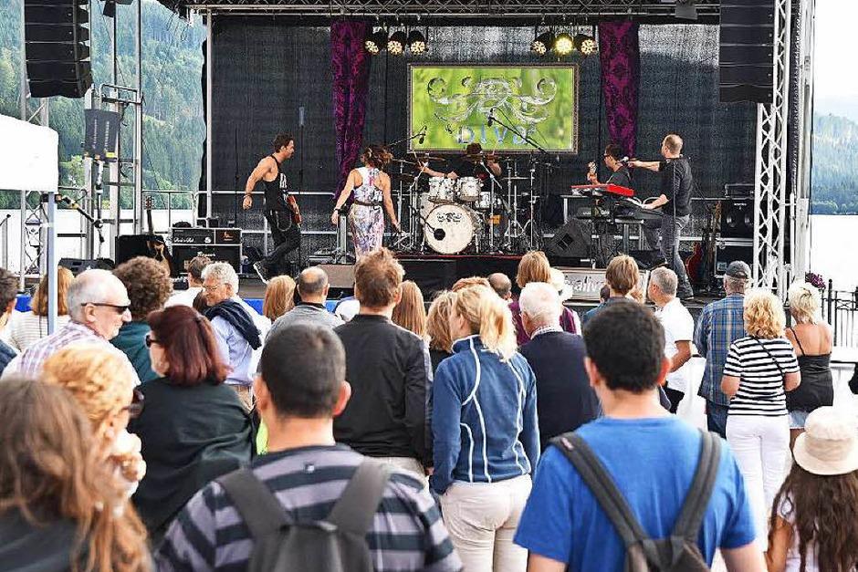 Ein Programm mit hochkarätiger Livemusik und sportlichen Shows ließ keine Wünsche offen. <?ZP?> (Foto: Philippe Thines)