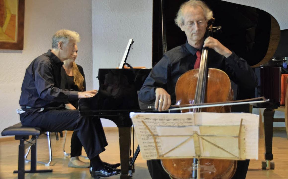 Carl-Martin Buttgereit, Flügel, und Da...fneten die 2. Rheinfelder Klaviertage.  | Foto: Sarah Nöltner