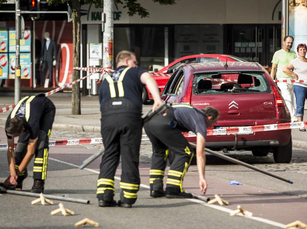 Reutlingen: Mann tötet Frau mit Machete - Autofahrer stoppte Täter