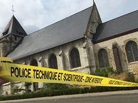 Islamisten t�ten Priester in einer franz�sischen Kirche
