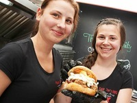 Zweit�giges Food-Truck-Festival auf dem Marktplatz