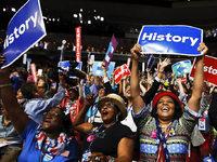 Demokraten nominieren Hillary Clinton f�r Pr�sidentenamt