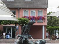Rathausdach in Neuenburg jetzt ohne Glocke