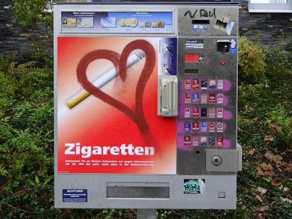 30 j hriger knackt zigarettenautomat und wird erwischt freiburg badische zeitung. Black Bedroom Furniture Sets. Home Design Ideas