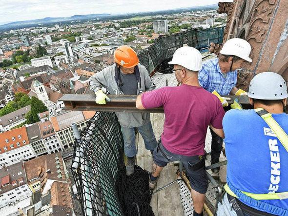 So wird das Münsterturm-Gerüst abgebaut | Freiburg