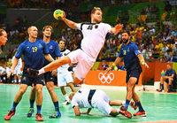 Deutsche Handballer gewinnen 32:29 gegen Schweden