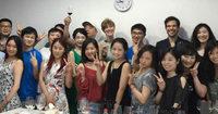 WEINK�NIGIN AUF TOUR: Mal eben f�r zehn Tage Asien anschauen