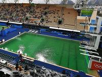 Zweites Becken bei Olympischen Spielen verf�rbt sich