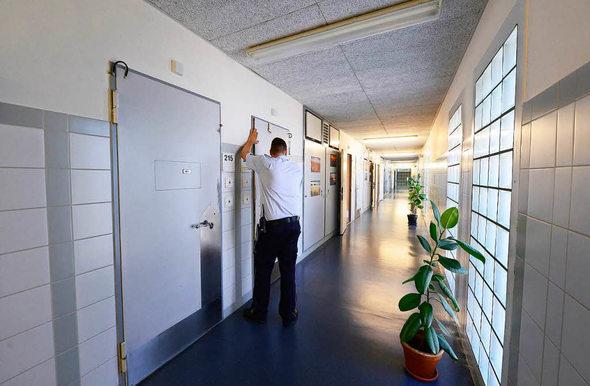 so leben die sicherheitsverwahrten in freiburg freiburg badische zeitung. Black Bedroom Furniture Sets. Home Design Ideas