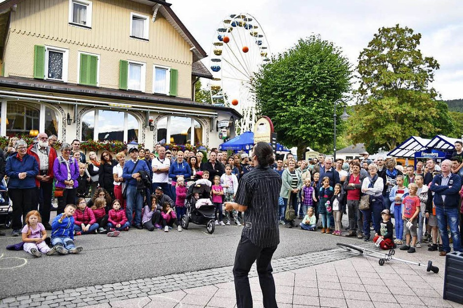 Farbenfroh: Seenachtsfest am Titisee. <?ZL?> (Foto: Philippe Thines)