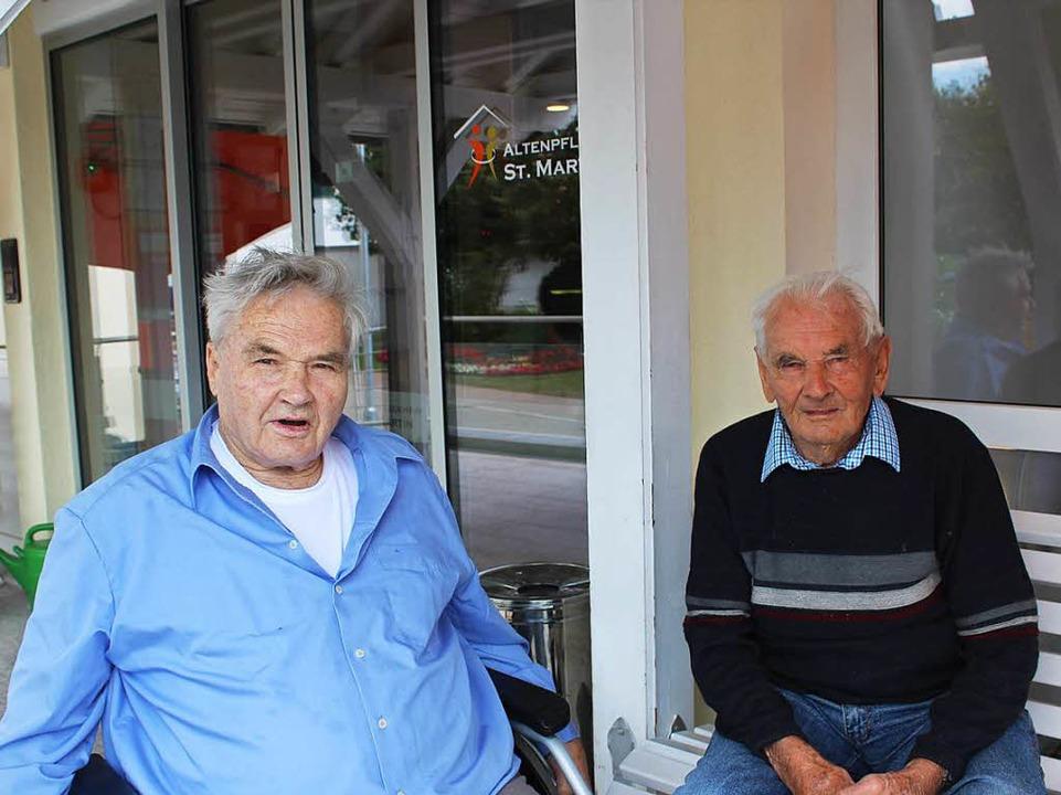 Konrad Faller (links) und Johann Fehre...ails aus längst vergangener Erntezeit.  | Foto: Christa Maier