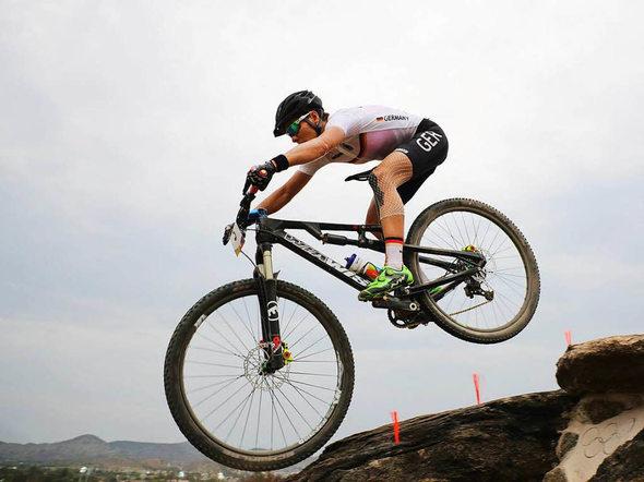 Trotz Verletzung: Mountainbikerin Sabine Spitz 19. in Rio ...