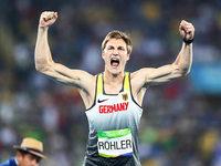Speerwurf-Ass Röhler holt Gold wie einst Wolfermann