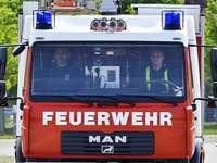 Feuer in Hochhaus in Freiburg-Weingarten – 100 Bewohner in Sicherheit gebracht