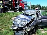 Schwerer Verkehrsunfall auf der A5 zwischen Dreieck Neuenburg und M�llheim/Neuenburg