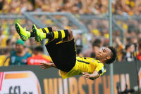 Schalke l�sst sich �berraschen - BVB zieht nach