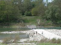 Passanten retten Mutter, Sohn und Ersthelfer aus Strudel im Rhein