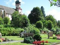 Warum in St. Trudpert jede zweite Grabstelle frei ist