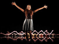 "Yan Duyvendaks ""Sound of Music"" er�ffnet das Basler Theaterfestival"