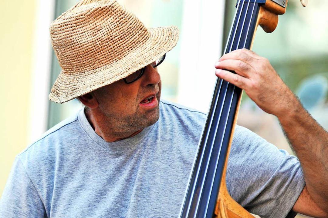 Ein Musiker vom Zaun in Ruditown.  | Foto: Wolfgang Scheu