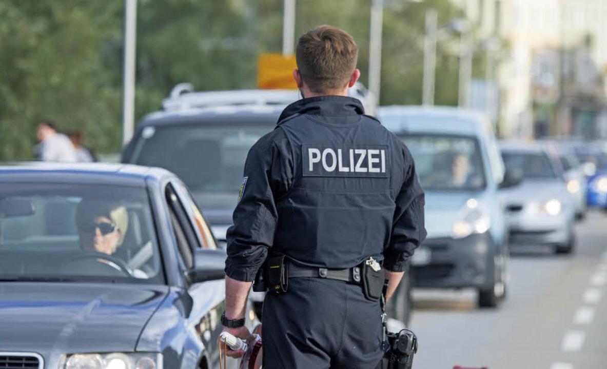 Solcher Bilder will Armin Schuster auc...den Grenzen zur Schweiz wieder sehen.   | Foto: dpa