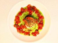 Ein Bett f�r die Jakobsmuschel aus Erbsen und Tomatenvinaigrette