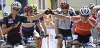 Mountainbiker radeln für sich und gleichzeitig für einen guten Zweck