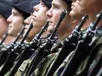 Schweizer Armee schießt auf Wohnhaus