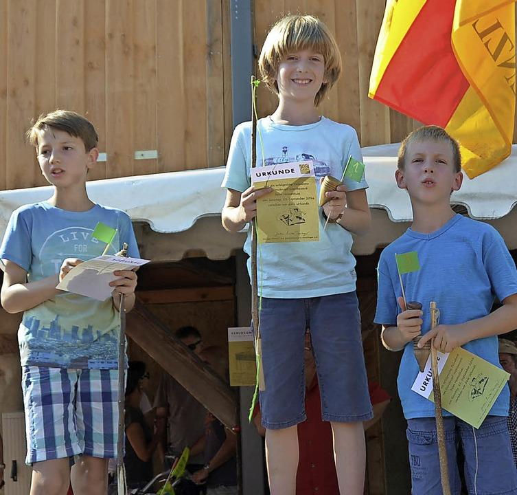 David Schlenk, Finn Kölblin und Paulo Grötsch auf dem Siegertreppchen    Foto: Stella Kaltenbach