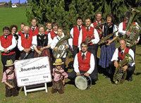 Mit Oberrotweiler Weinen, Bewirtung und Musik in Lenzkirch-Saig