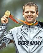 Steffen Warias holt Gold im Stra�enrennen
