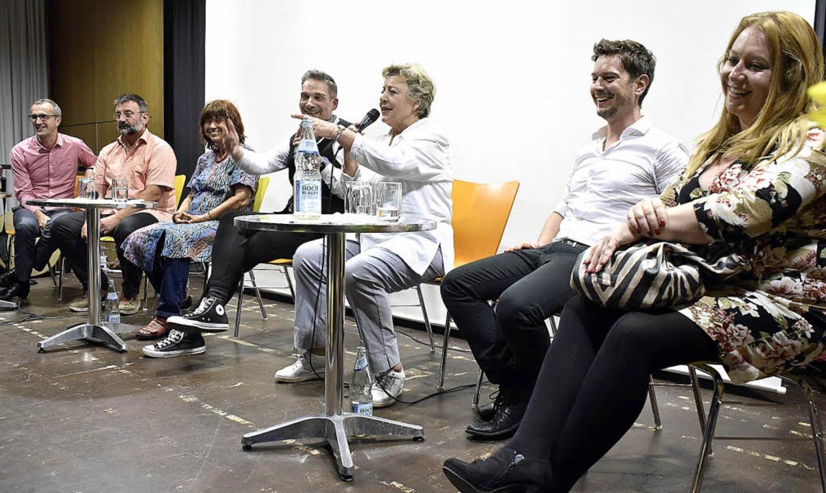 Bei der Podiumsdiskussion zur Entwickl... Rebecca Siemoneit-Barum (von links).   | Foto: Thomas Kunz