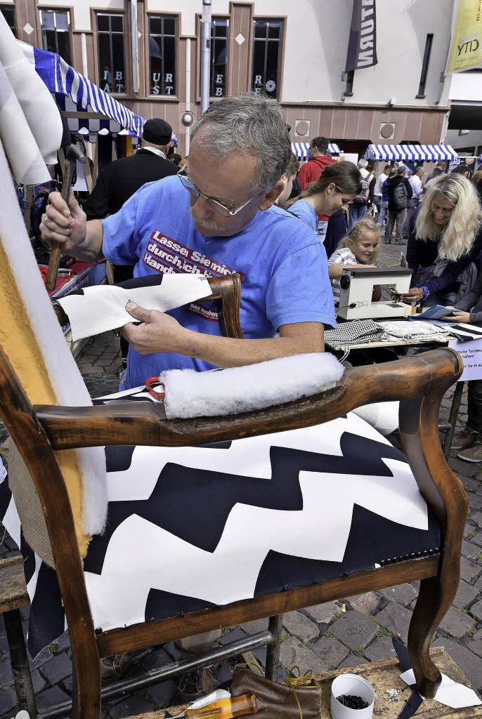 polstern und malen auf dem kartoffelmarkt freiburg. Black Bedroom Furniture Sets. Home Design Ideas