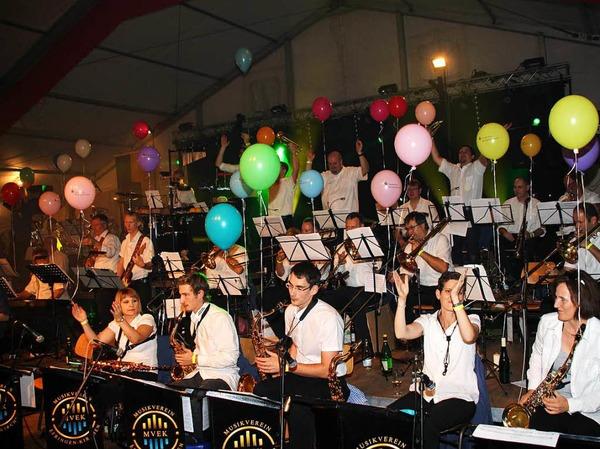 Der Musikverein Efringen-Kirchen sorgte am Winzerfestsamstag wieder für ein tolles Programm.