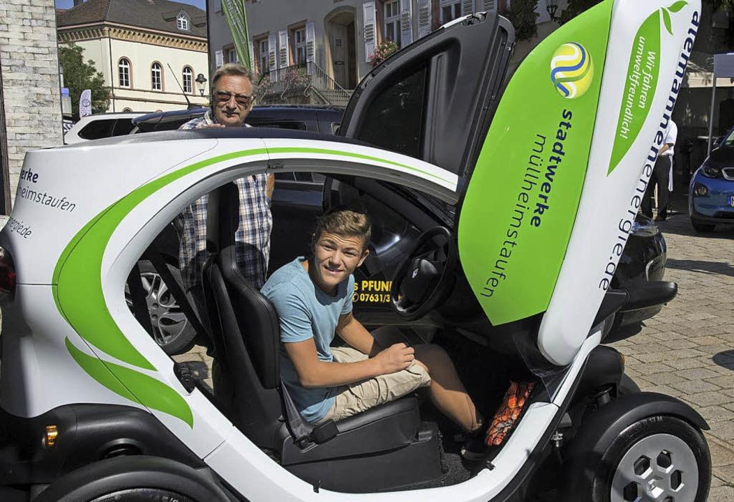 Futuristisch: Unterwegs im E-Mobil.  | Foto: Münch