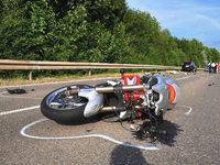 Zwei Verletzte bei zwei Motorradunf�llen in L�rrach