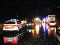 Gewitter mit Hagel und Regen – Frau stirbt bei Aquaplaning-Unfall