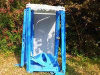 Unbekannt sprengen mobile Toilette in die Luft